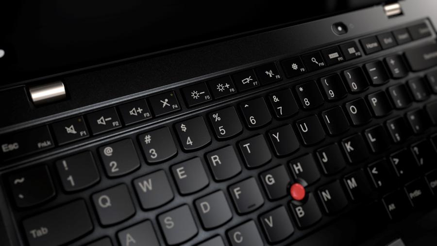 Фото  Ультрабук ThinkPad X1 Carbon 5th Gen (20HR0067RT)